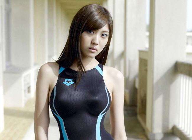 【おっぱい】競泳水着の上からでも分かっちゃうおっぱいが魅力的なお姉さんのエロ画像【30枚】 22