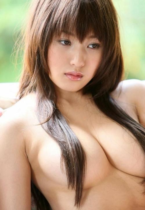 【おっぱい】女らしいロングヘアが美しいお姉さんのエロ画像【30枚】 11