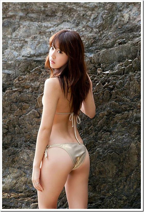 【おっぱい】女らしいロングヘアが美しいお姉さんのエロ画像【30枚】 12