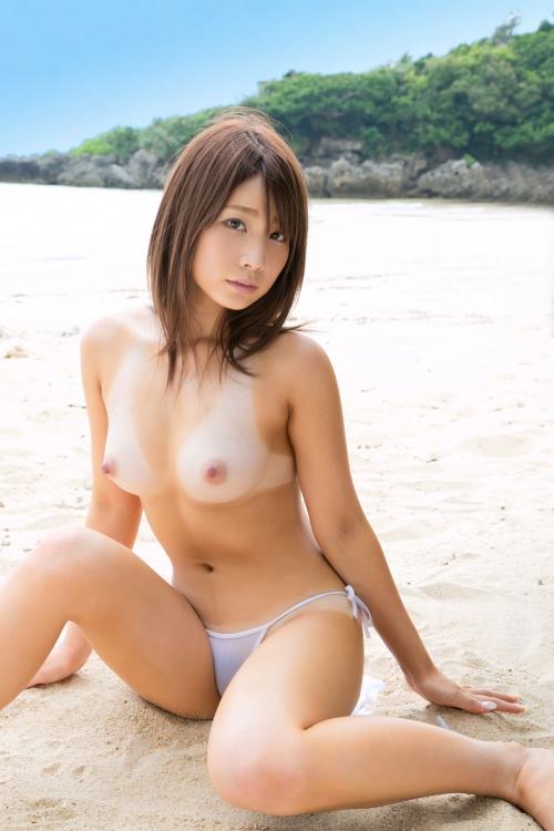 【おっぱい】日焼けした肉体が美しいお姉さんのエロ画像【30枚】 14