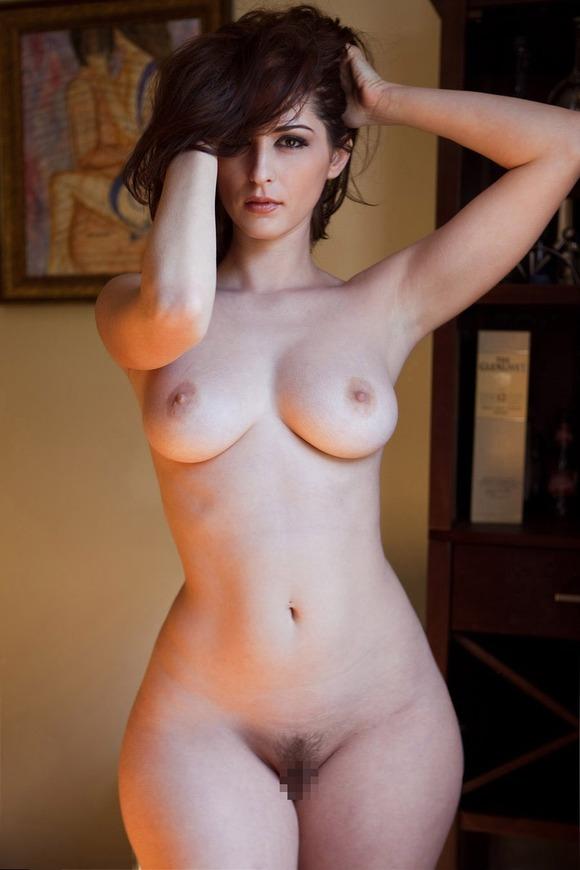 【おっぱい】雪のような白い肌が魅力的なお姉さんのエロ画像【30枚】 22