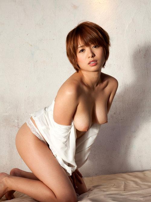 【おっぱい】柔らかく垂れ下がったお姉さんのエロ画像【30枚】 23